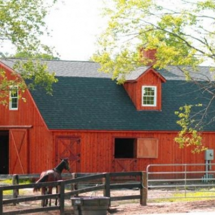 Gambrel Barn 36x48 with 10 Stalls